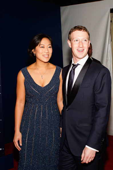 Mark Zuckerberg and Priscilla Chan Donate $5 Million for Undocumented ImmigrantScholarships